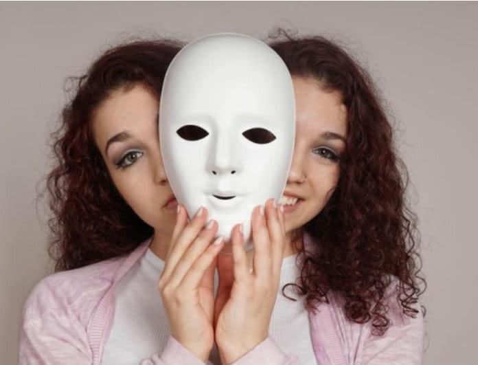 Κρυφή κατάθλιψη: Τα σιωπηλά σημάδια που μαρτυρούν ότι υποφέρεις μέσα σου!