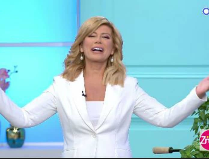 Ζήνα Κουτσελίνη: Τα πρώτα πλάνα από την πρεμιέρα της εκπομπής «Αλήθειες με τη Ζήνα»! (Βίντεο)