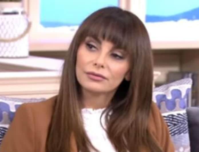 Μπέττυ Μαγγίρα: Έτσι σχολίασε την θεατρική απόπειρα που κάνει η Καζαριάν -  «Κανένας δεν βγήκε να πει...»!