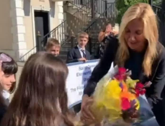 Μαρέβα Μητσοτάκη: Πήγε σε σχολείο και η ατάκα μαθήτριας την «λύγισε»! Τι της είπε;