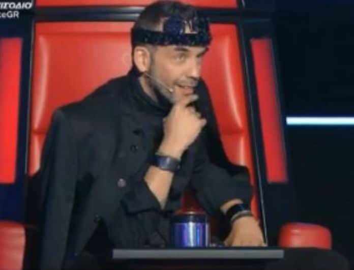 The Voice: Παίκτης μιμήθηκε τον Μουζουράκη επί σκηνής και είναι... όλα τα λεφτά! (Βίντεο)