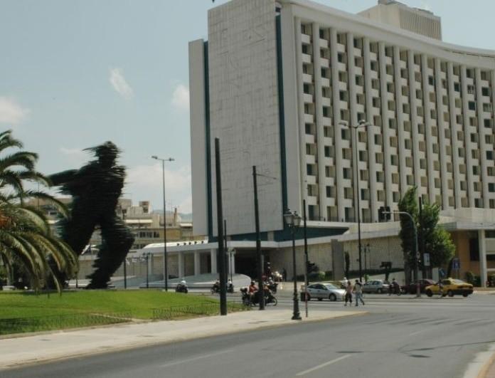 Τρόμος: Πυροβολισμοί στο κέντρο της Αθήνας!