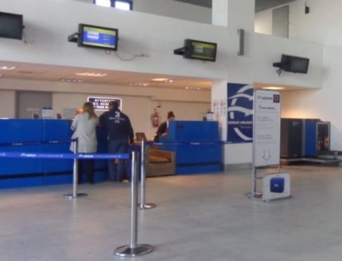 Προβλήματα στα αεροδρόμια Κω και Μυκόνου - Απαγορευτικό στα λιμάνια