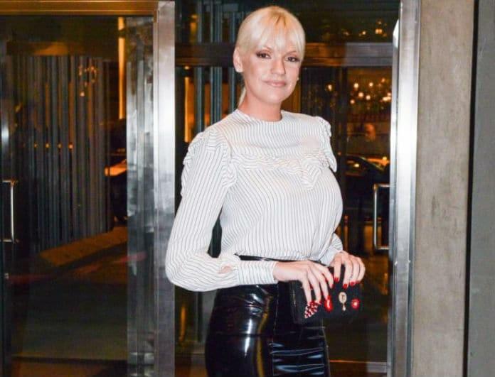 Σάσα Σταμάτη: Άσχημα τα νέα για την παρουσιάστρια! Τι συνέβη;
