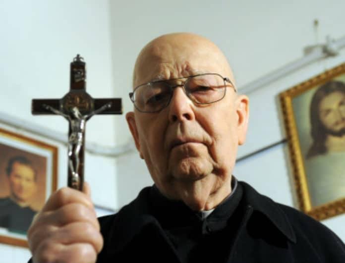Ανατριχιαστικό: Πώς να γίνεις κι εσύ εξορκιστής σύμφωνα με το Βατικανό!