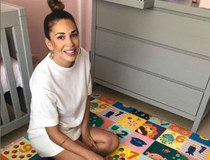 Ελένη Χατζίδου: Έντυσε την κόρη της στα ροζ και μια λεπτομέρεια έκανε την διαφορά!