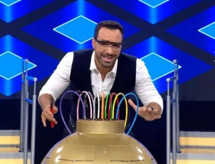 Σάκης Τανιμανίδης: Ανεξέλεγκτη η πτώση! Τα πιο χαμηλά μονοψήφια νούμερα...