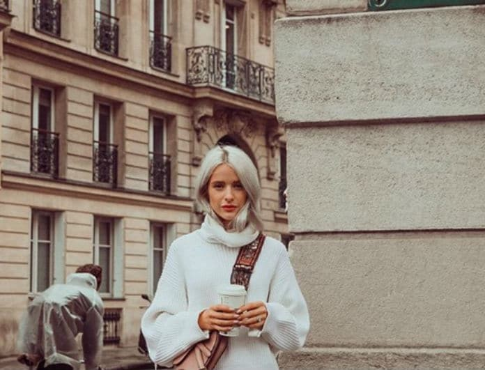Αυτός είναι ο απόλυτος συνδυασμός του Χειμώνα! Ταίριαξε το πουλόβερ σου με slip skirt!