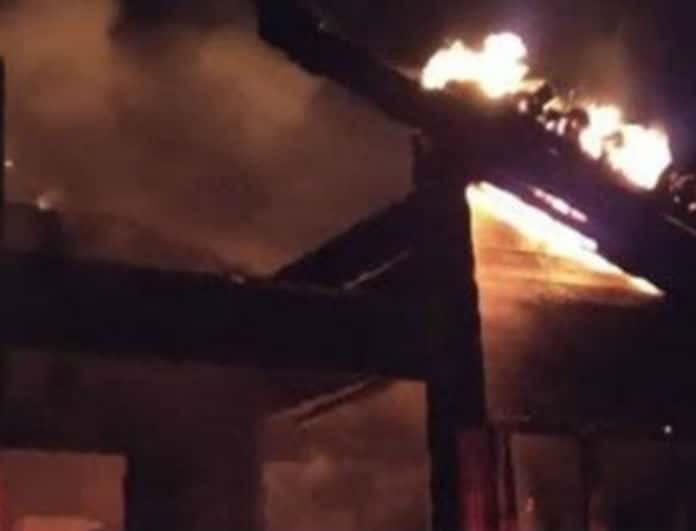 Φθιώτιδα: Εστιατόριο τυλίχθηκε στις φλόγες!