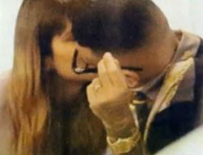Ηλιάνα Παπαγεωργίου - Snik: Καυτά φιλιά στο κέντρο της Αθήνας! Ήταν συνέχεια στην αγκαλιά του!