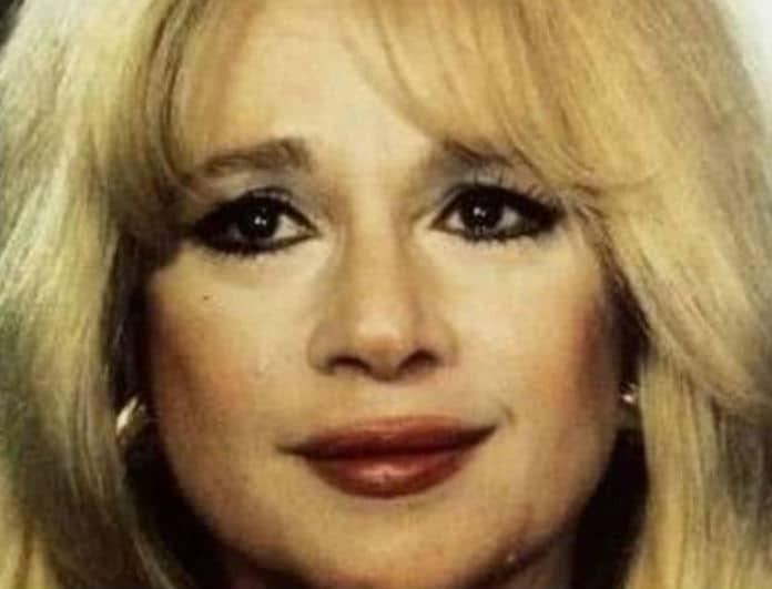 Αλίκη Βουγιουκλάκη: Αυτή είναι η «υιοθετημένη κόρη» της! Δείτε το πρόσωπό της!