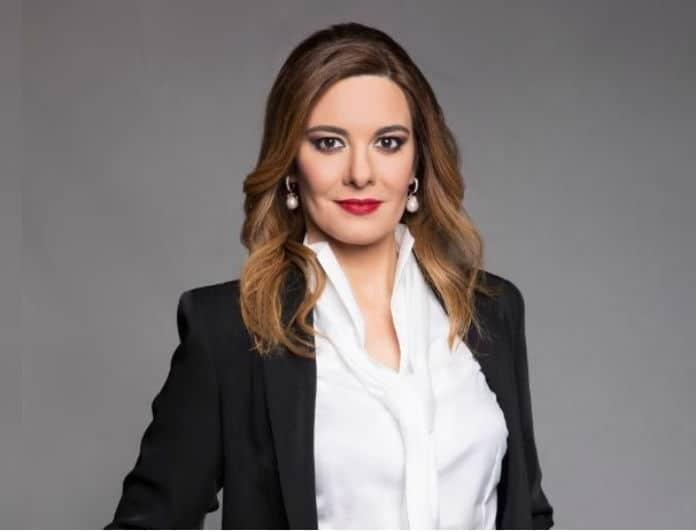 Φαίη Μαυραγάνη: Ακομπλεξάριστη ποζάρει χωρίς φίλτρα και μακιγιάζ!