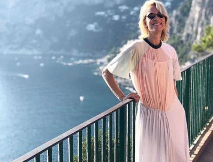 Βίκυ Καγιά: Αυτό το παπούτσι της, δεν τολμά να το φορέσει καμία! Κοστίζει 45 ευρώ και είναι για λίγες...