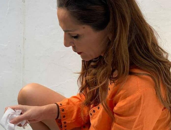 Δέσποινα Βανδή: Ατύχημα για την τραγουδίστρια! Φωτογραφία ντοκουμέντο με τα αίματα στο χέρι της!