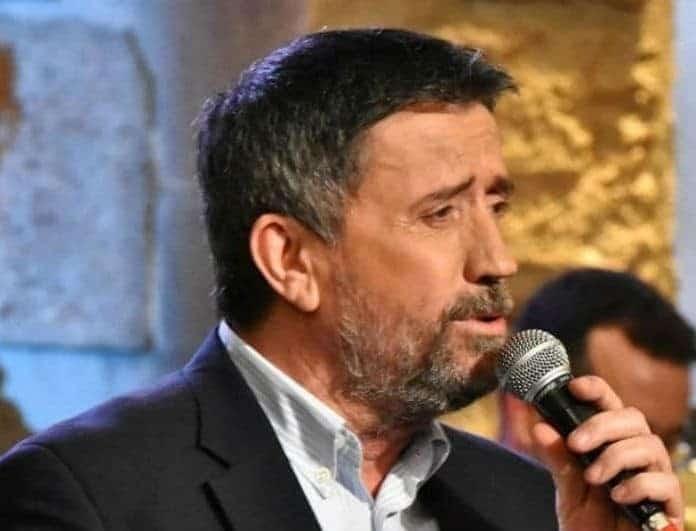 Σπύρος Παπαδόπουλος: Η σημερινή βραδιά του «Στην υγειά μας» είναι αφιερωμένη στον Μίμη Πλέσσα!