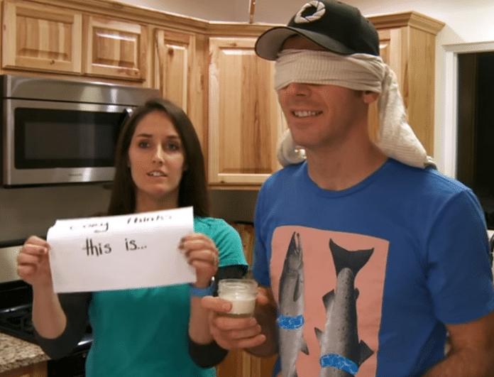 Απίστευτο βίντεο! Ο πρωτότυπος τρόπος που του ανακοίνωσε την εγκυμοσύνη της!