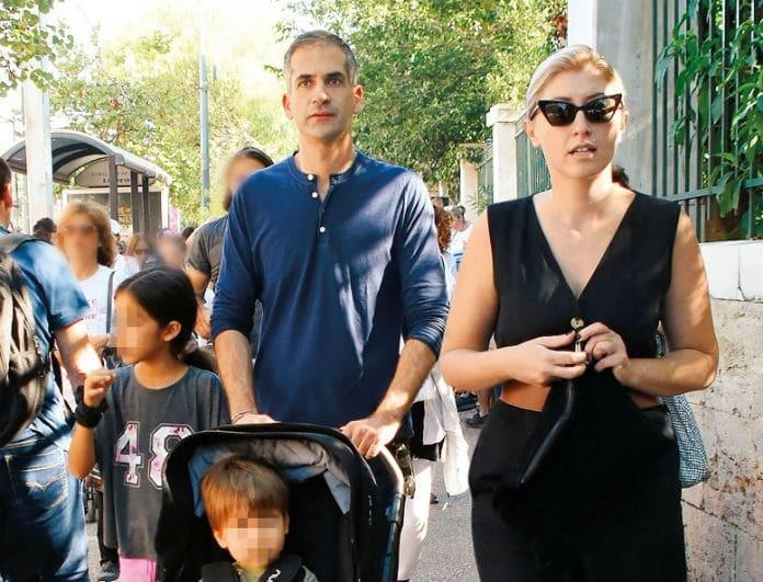 Κώστας Μπακογιάννης: Η βόλτα του δημάρχου με την οικογένειά του! Πόσο κοστίζει το σύνολο της Σίας Κοσιώνη;