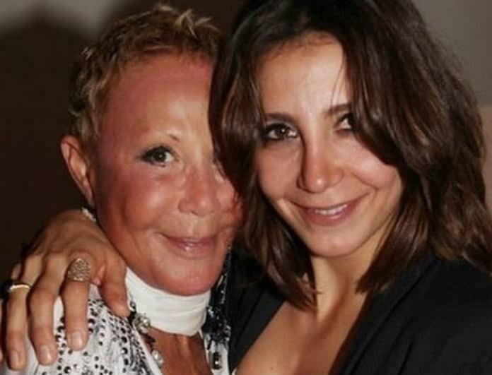 Μαρία Ελένη Λυκουρέζου: Ξεσπά η κόρη της Ζωής Λάσκαρη! «Η κυρία μπαινοβγαίνει σε ψυχιατρικές κλινικές»!