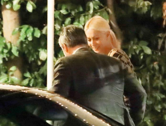 Μαρία Μπακοδήμου: Ξανά ερωτευμένη; Ρομαντικό δείπνο με γοητευτικό συνοδό! Φωτογραφίες - ντοκουμέντο!