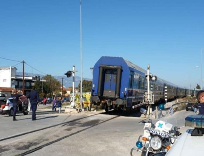 Τροχαίο σοκ στα Τρίκαλα: Τρένο συνέτριψε αυτοκίνητο! Νεκρή η οδηγός!