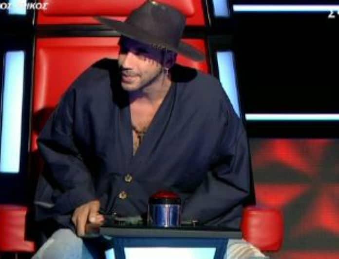 The Voice: Δεν μπορούσε να κάτσει στην θέση του ο Μουζουράκης - «Σάκη κατουριέμαι»! (Βίντεο)
