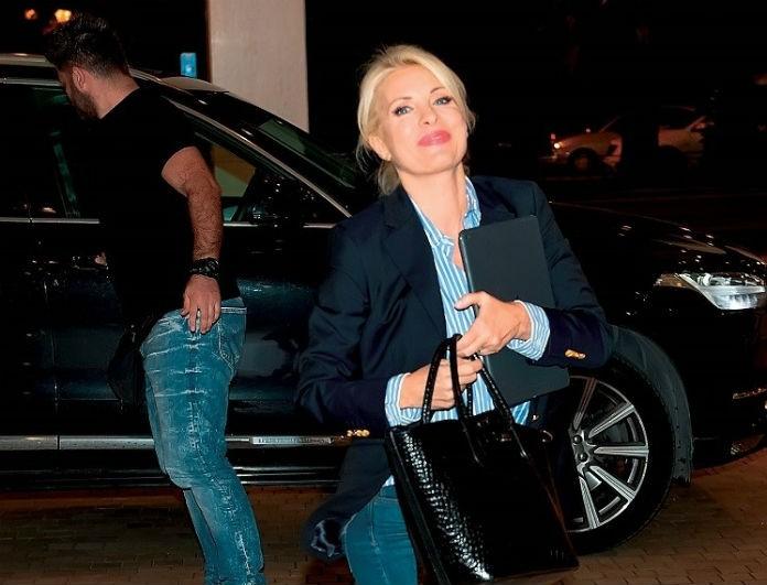 Ελένη Μενεγάκη: Το τζιν της έχει «σπάσει» ταμία! Τώρα μόνο με 100 ευρώ!