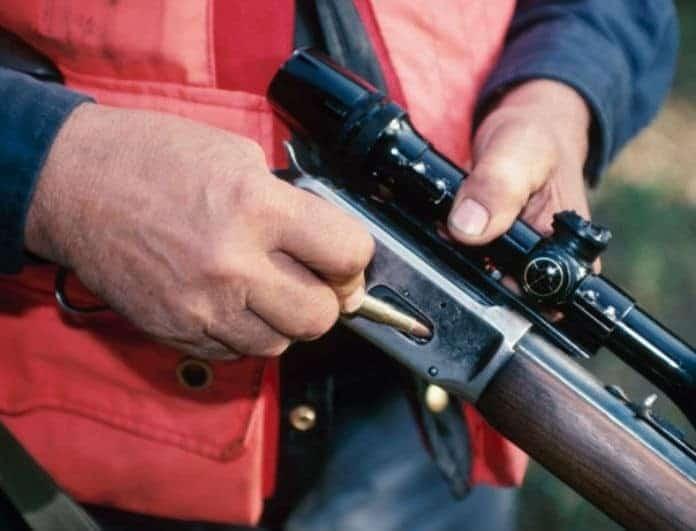 Εξελίξεις στην υπόθεση των δύο κυνηγών που σκότωσαν τον γαμπρό τους: Αφέθηκαν ελεύθεροι- Εκπυρσοκρότησε η καραμπίνα!