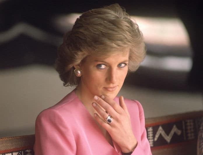 Αποκάλυψη! Αυτός είναι ο «άγνωστος» αδερφός της πριγκίπισσας Diana! Πέθανε λίγο μετά την γέννησή του...
