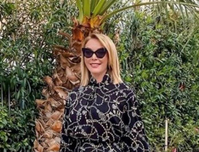 Τατιάνα Στεφανίδου: Την μαύρη τσάντα της θέλουμε όλες να την κρατήσουμε! Είναι κομμάτι επένδυση για την ντουλάπα σου!