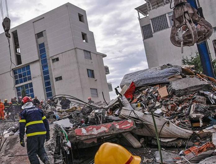 Σεισμός στην Αλβανία: Μητέρα θάφτηκε αγκαλιά με τα δίδυμα μωράκια της!