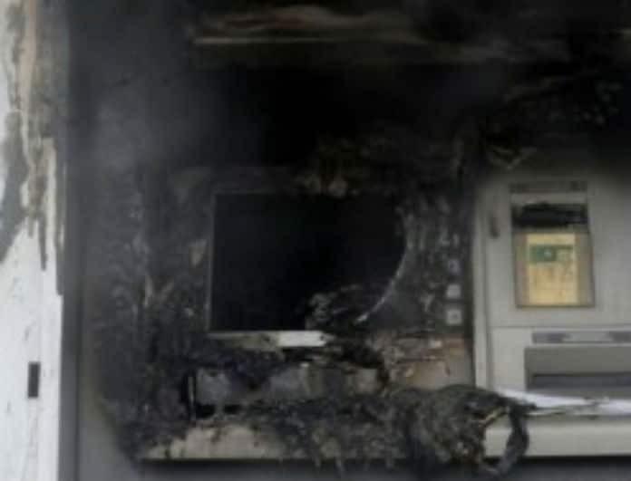 Έκρηξη στην Αργυρούπολη! Έκλεψαν χιλιάδες ευρώ από ΑΤΜ!