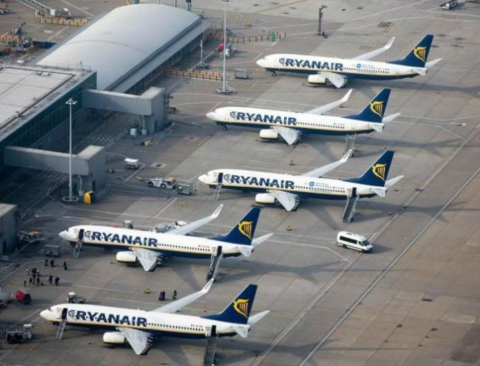 Ryanair: Ετοιμαστείτε για εξωτερικό! Χριστουγεννιάτικες διακοπές μόνο με 9,99€!