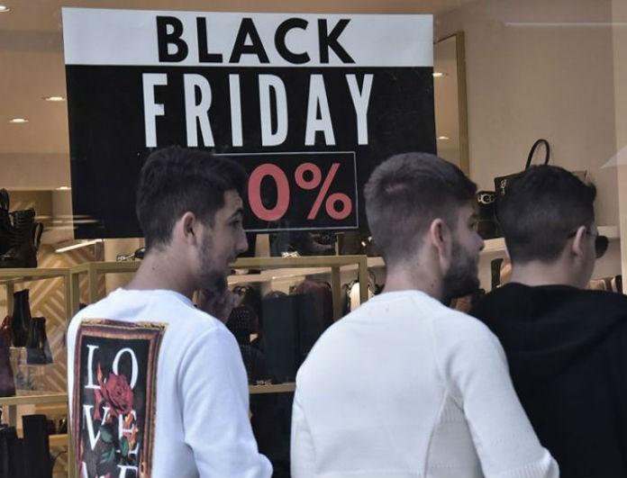 Black Friday: Αδιαφόρησαν οι καταναλωτές! Χωρίς ουρές τα καταστήματα!