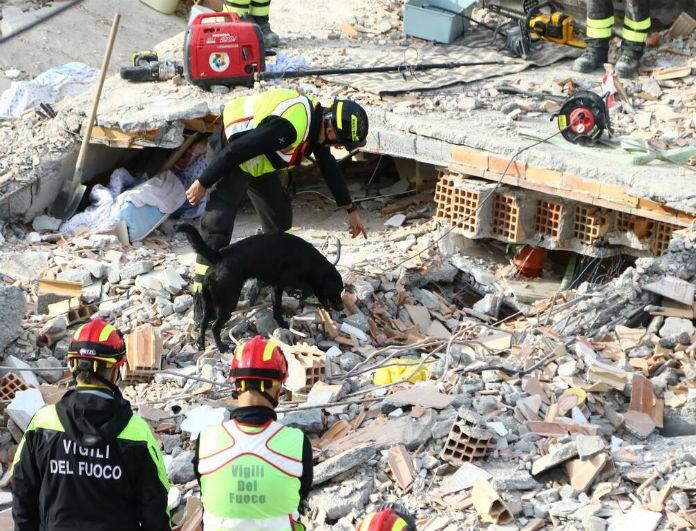 Σεισμός στην Αλβανία: Στους 50 οι νεκροί! Βρέθηκε νεκρή μία μαμά με τα τρία παιδιά της!