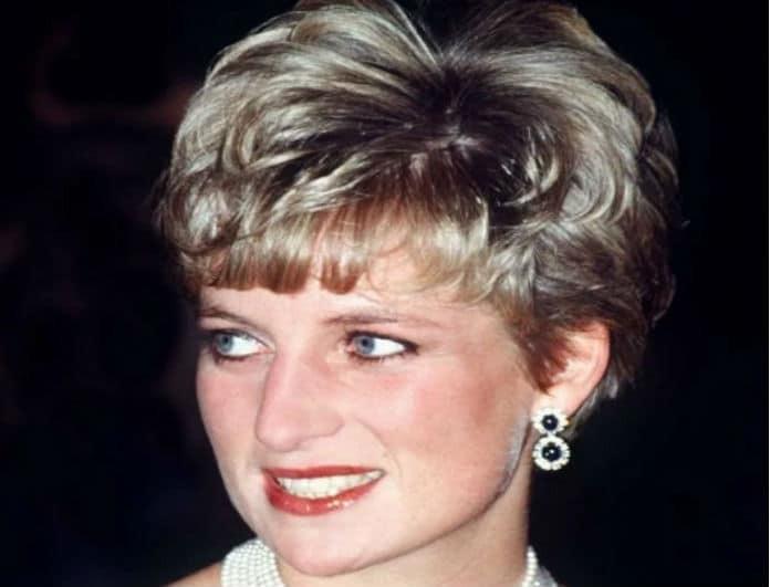 Πανικός στο παλάτι! Η Kate κατέστρεψε τα αγαπημένα σκουλαρίκια της Diana!