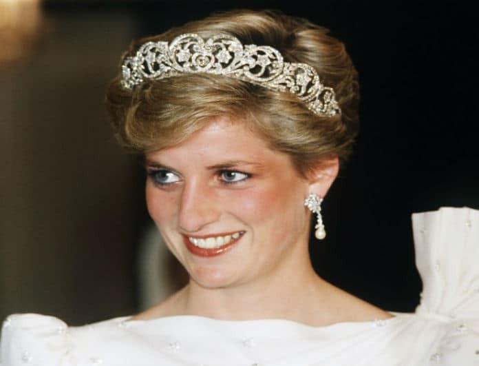 Σκάνδαλο μεγατόνων στο παλάτι! Η Meghan ήθελε την τιάρα της Diana αλλά δεν την άφησαν να την πάρει!