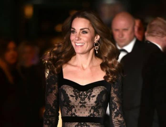 Kate Middleton: Έλαμψε με την δαντελωτή της τουαλέτα! Η εμφάνιση που συζητήθηκε όσο ποτέ!