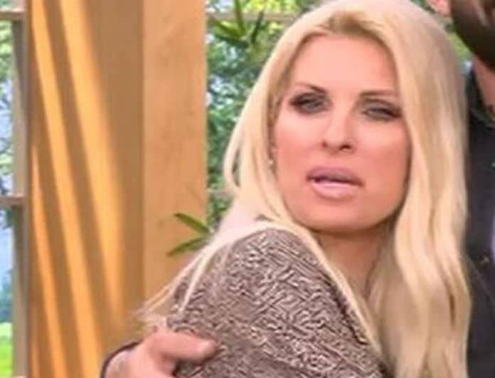 Ελένη: Είδε το μόνιτορ και φρίκαρε η παρουσιάστρια! Τι συνέβη και