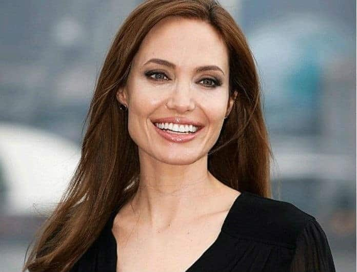 Angelina Jolie: Πόζαρε γυμνή στα 44! Οι φωτογραφίες της έχουν γίνει θέμα συζητήσεων παγκοσμίως!