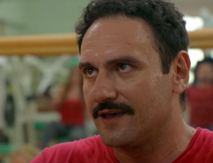 Κρατάς Μυστικό: Οι εξελίξεις από το σημερινό επεισόδιο (29/11) - Η Δώρα γνωρίζει τον Τάσο στο Θανάση, με την ελπίδα ότι...