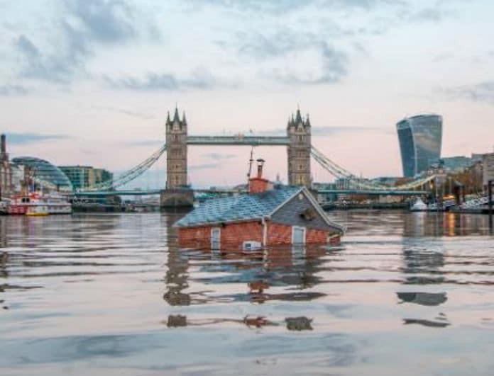 Βιβλικές πλημμύρες στο Λονδίνο! Εκπέμπει SOS η Βρετανία! Μεγάλη προσοχή!
