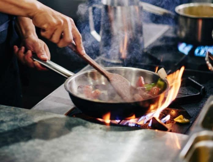 10 μυστικά επιτυχίας για να βγαίνει πάντα το φαγητό σας νόστιμο! Ότι κι αν φτιάχνετε...