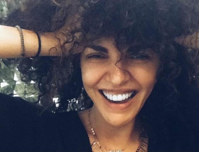 Μαρία Σολωμού: «Έτσι είμαι ακριβώς! Τρελή!» - Ξέσπασε δημόσια βάζοντας φίλτρο στο πρόσωπο!