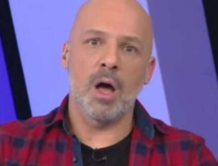 Νίκος Μουτσινάς: Σε κατάσταση σοκ ο παρουσιαστής! Στη δημοσιότητα οι απειλές που δέχτηκε!