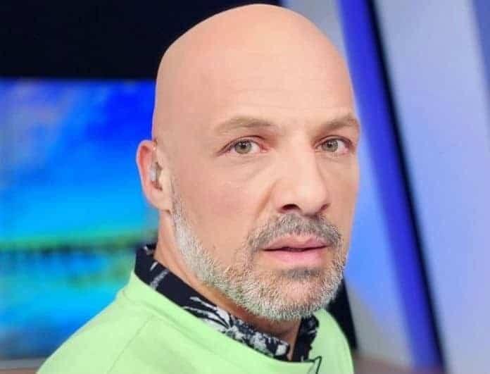 Νίκος Μουτσινάς: Στο πρόσωπο αυτού του άντρα