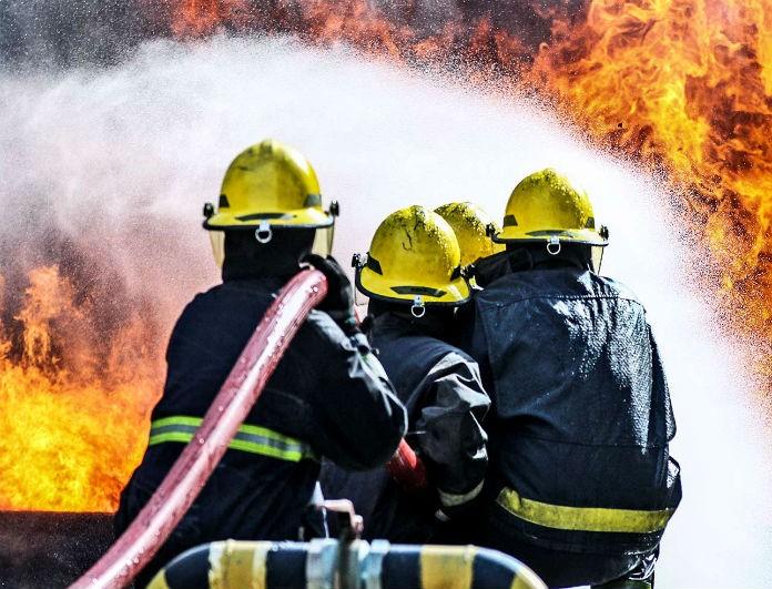 Φρίκη! Έγινε έκρηξη και πέθαναν τρεις πυροσβέστες!