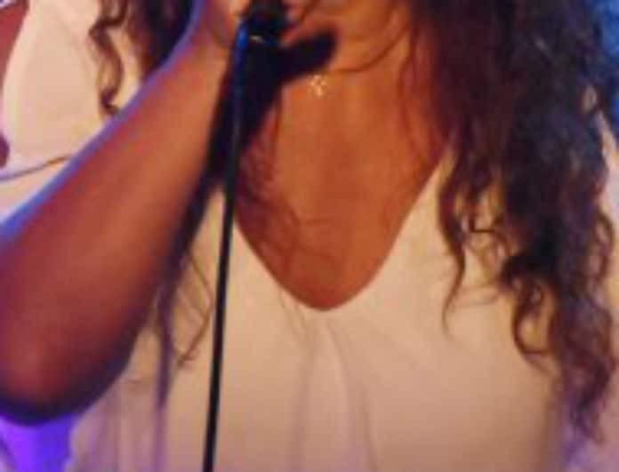Γνωστή Ελληνίδα τραγουδίστρια ανατριχιάζει! «Έχω φάει ξύλο...μου έχει σκίσει τα ρούχα»!