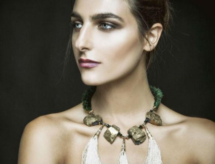 Βασιλική Ρούσσου: Δοκίμασέ το και εσύ! Ο καταπληκτικός τρόπος να φορέσεις μεγάλα σκουλαρίκια!