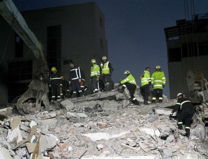 Σεισμός Αλβανία: 25 νεκροί! «Βομβαρδισμένη πόλη» το Δυρράχιο