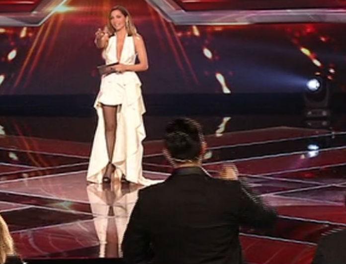 X-Factor: Απίστευτη έκπληξη από την Δέσποινα Βανδή στους κριτές! Αυτό δεν το περιμέναμε!